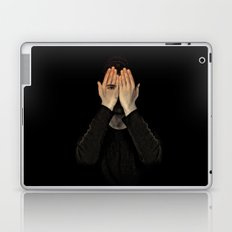 Eyes did not see, mind did not look Laptop & iPad Skin