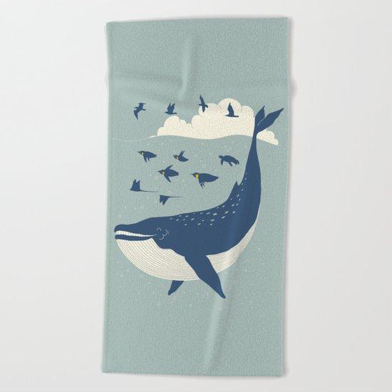 Fly in the sea Beach Towel