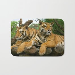 hai der tiger Bath Mat