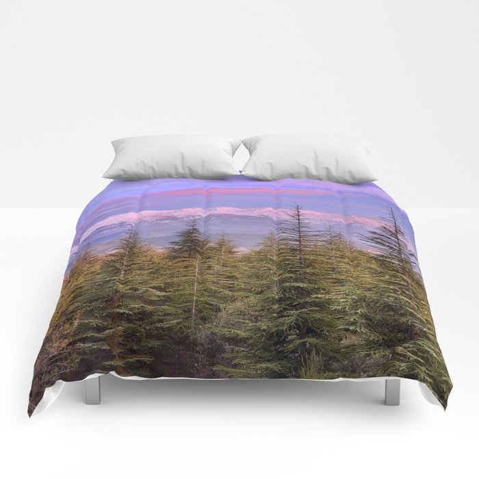 """At the mountains"" Comforters"