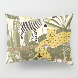 Th Jungle Life Pillow Sham