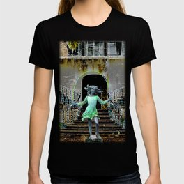 Ghost in a Madeira Mansion. T-shirt