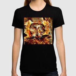 fierce lemur is not amused T-shirt