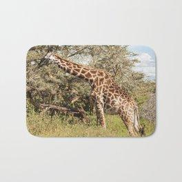 African Giraffe Snacking - Serengeti Tanzania 5068 Bath Mat