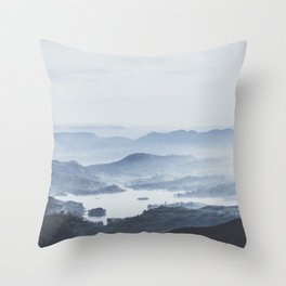 Sri Lanka V Throw Pillow