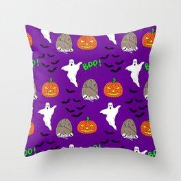 Spooky halloween print Throw Pillow