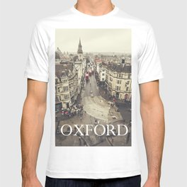 Red buses at Oxford T-shirt