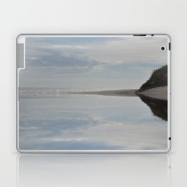 Dreaming of the salty sea Laptop & iPad Skin