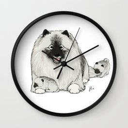 Keeshond with Puppies   Cute Keesie Dogs Family Wall Clock