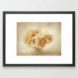 Ruusukuppi Framed Art Print