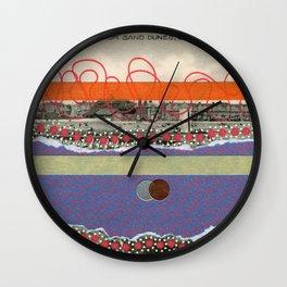 Saluti Dal Futuro 150 Wall Clock