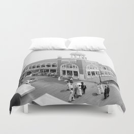 The Steel Pier at Atlantic City 1915 Duvet Cover