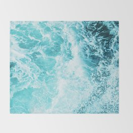 Perfect Sea Waves Throw Blanket