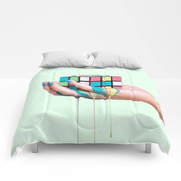 MELTING RUBIKS CUBE Comforters