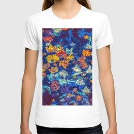 Blue Fall Leaves Autumn Nature Photography Art T-shirt