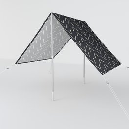 Mudcloth Big Arrows in Black and White Sun Shade