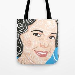 Aunt smiling / Tote Bag