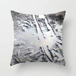 muddy puddle abstract Throw Pillow