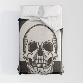 Memento mori by Julie de Graag Comforters
