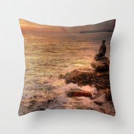 Folkestone At Sunrise Throw Pillow