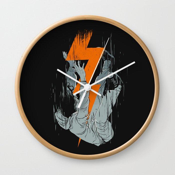 Fall Effect Wall Clock