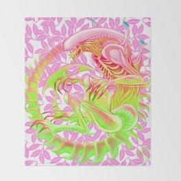 Xenomorph - Alt Color Throw Blanket