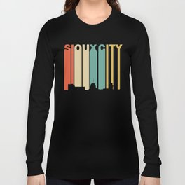 Retro 1970's Style Sioux City Iowa Skyline Long Sleeve T-shirt