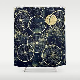 Tire - less Shower Curtain