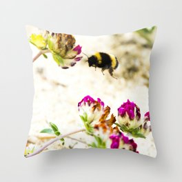 the flight of bumble bee on the dunes I Throw Pillow