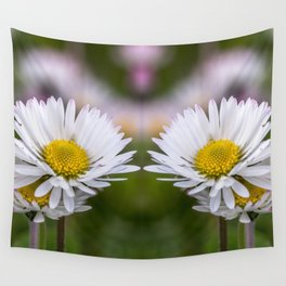 Colourful mirroring daisy flowers Wall Tapestry