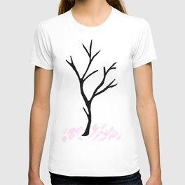 Lifeless tree... T-shirt