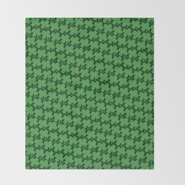 Four Leaf Pattern Throw Blanket