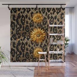 Animal Print Cheetah Triple Gold Wall Mural