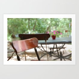Table et chaises, Atelier de Cézanne ~ Table and chairs in garden, Cezanne's home. Art Print