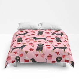 Coonhound love cupcakes hearts valentines day cute dog breed gifts for coonhounds Comforters