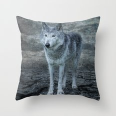 le loup gris Throw Pillow