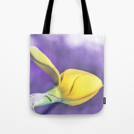 Narcissus bud Tote Bag