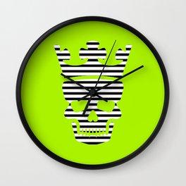 skull king green II Wall Clock