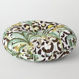 Jungle prowl Floor Pillow