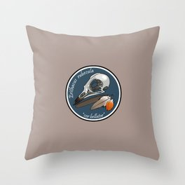 Erithacus rubecula Throw Pillow