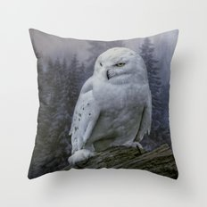 Snowy Owl looking for prey Throw Pillow