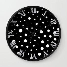 Elegant polka dots - Black and White Wall Clock