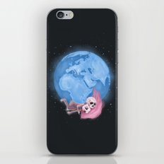 Lost in a Space / Homeckly iPhone Skin