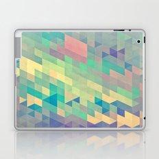 pystyl xpyss Laptop & iPad Skin
