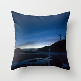 Under the stars.. Throw Pillow