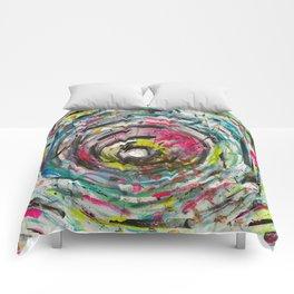 Art can't lie Comforters