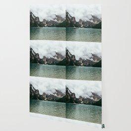 Dynamite Dolomite Wallpaper