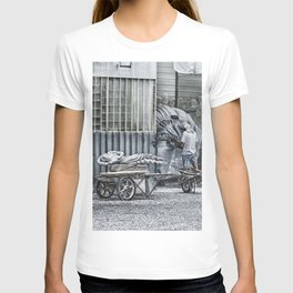 Marble Sculptor in Italy T-shirt