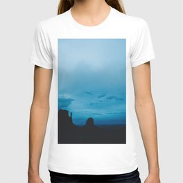 Monument Valley at Dawn T-shirt