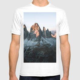 Dolomites sunset panorama - Landscape Photography T-shirt